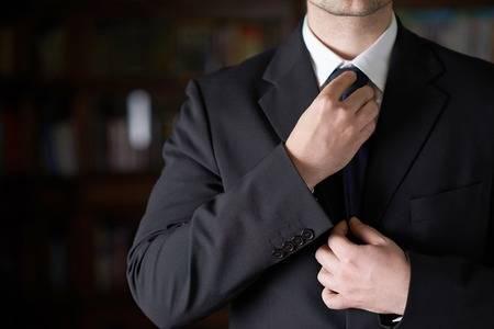 nudos de corbata colombiana